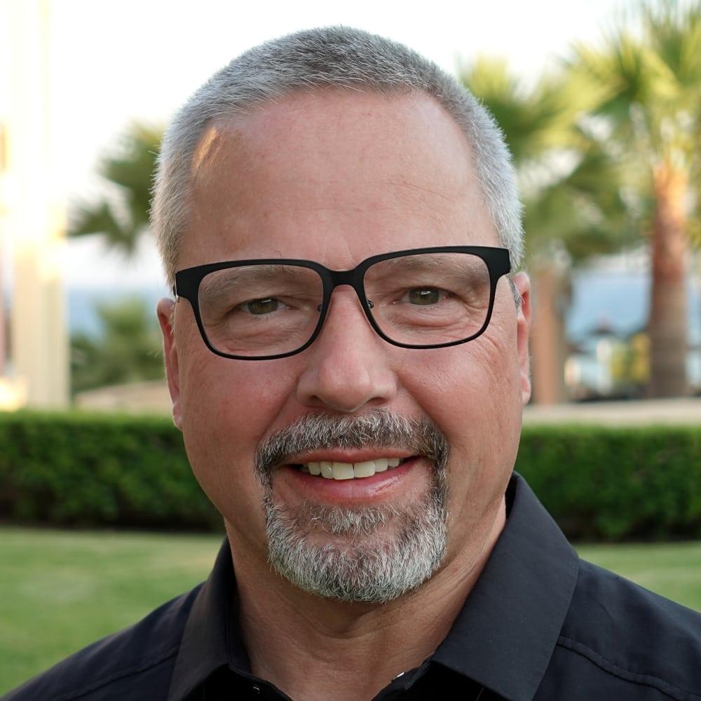 Portrait Dr. Silvester Schmidt